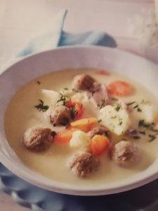 jedi na žlico - juha z jetrnimi cmočki